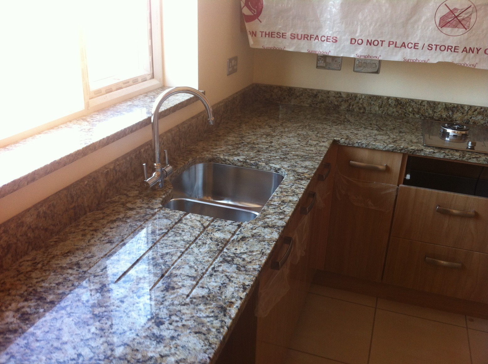 We; We Supply Marble Worktops, Granite Worktops And Quartz Worktops In The  London Area.